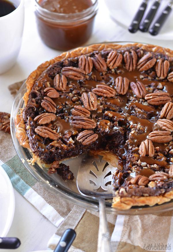 Chocolate Turtle Pecan Pie! bethcakes.com