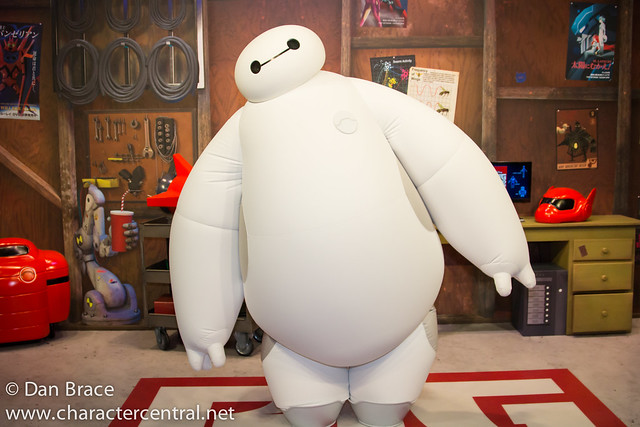 Meeting Hiro and Baymax
