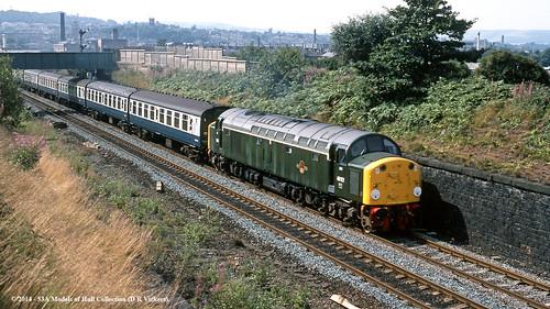 train diesel railway passenger d200 britishrail shipley westyorkshire class40 40122