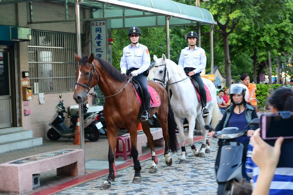 鶯歌騎馬的警察