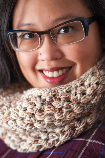 ... Faux-chet Cowls! They might look like double crochet, but they are