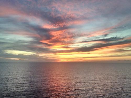 sunset sea cloud color colour clouds cloudy sunny colourful bahamas nassau nofilter stapletongardens