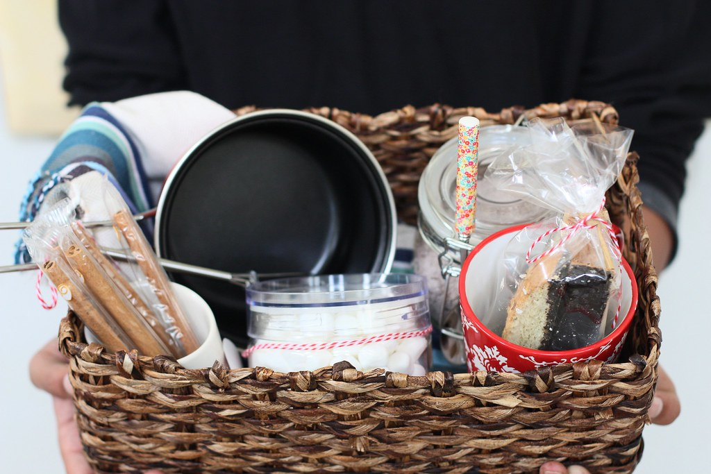 GIFT BASKET-Hot Chocolate gift basket