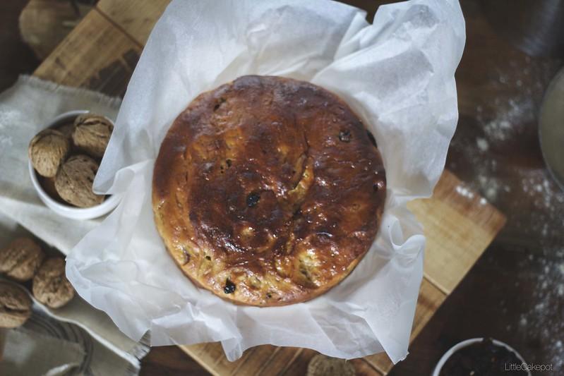 Fig walnut sultana bread top
