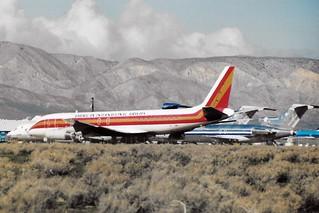 N818CK  MHV AIRPORT