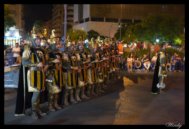 Desfile comparsa Caballeros del Rey Jaime I de Altozano 2014