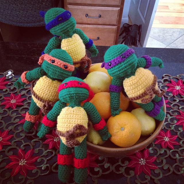 My citrus fruit are covered with TMNT. Better than fruit flies. #turtlepower