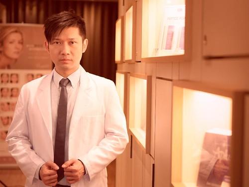 U臉變V臉 萊佳形象美學診所賴慶鴻醫師找回我的下巴