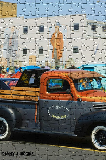 Jigsaw Puzzle.  Main Street Car Show. Sterling, Illinois. 2016. .
