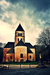 Eglise - St Léon sur Vézère - Dordogne