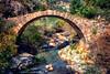 Puente sobre el río Esca