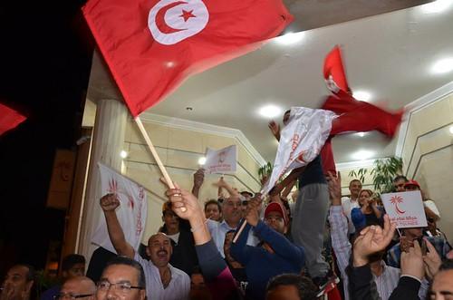 Secularists Celebrate Historic Victory in Tunisia's Legislative Elections