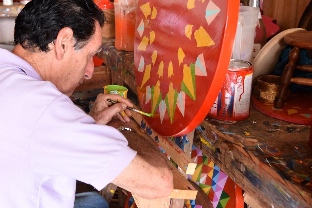 Oxcart Wheel Painter