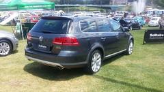 minivan(0.0), sedan(0.0), automobile(1.0), automotive exterior(1.0), sport utility vehicle(1.0), wheel(1.0), volkswagen(1.0), vehicle(1.0), volkswagen golf variant(1.0), compact car(1.0), volkswagen touareg(1.0), land vehicle(1.0), luxury vehicle(1.0),