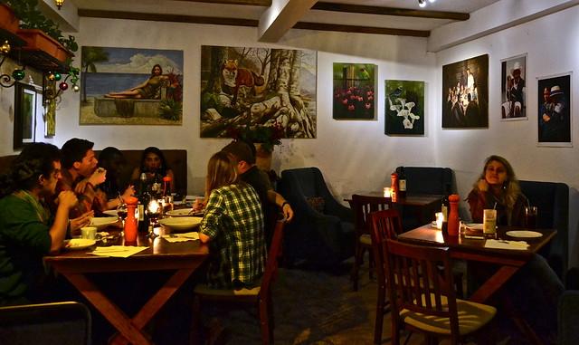 sobremesa restaurant in antigua guatemala