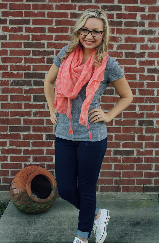 casual scarf and chucks outfit