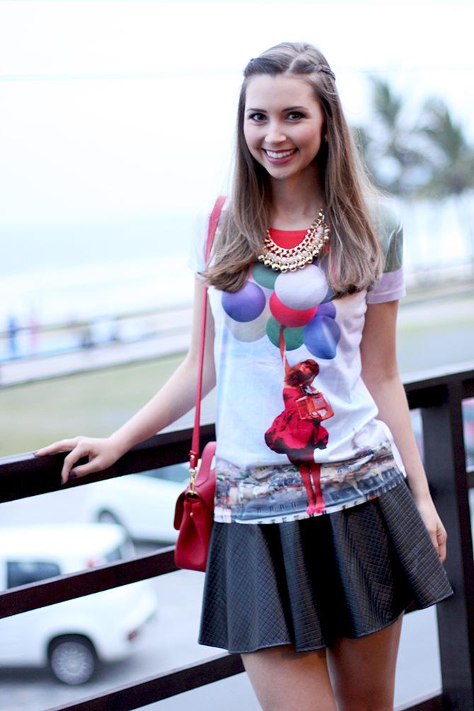 04-t-shirts de baloes com saia preta look do dia