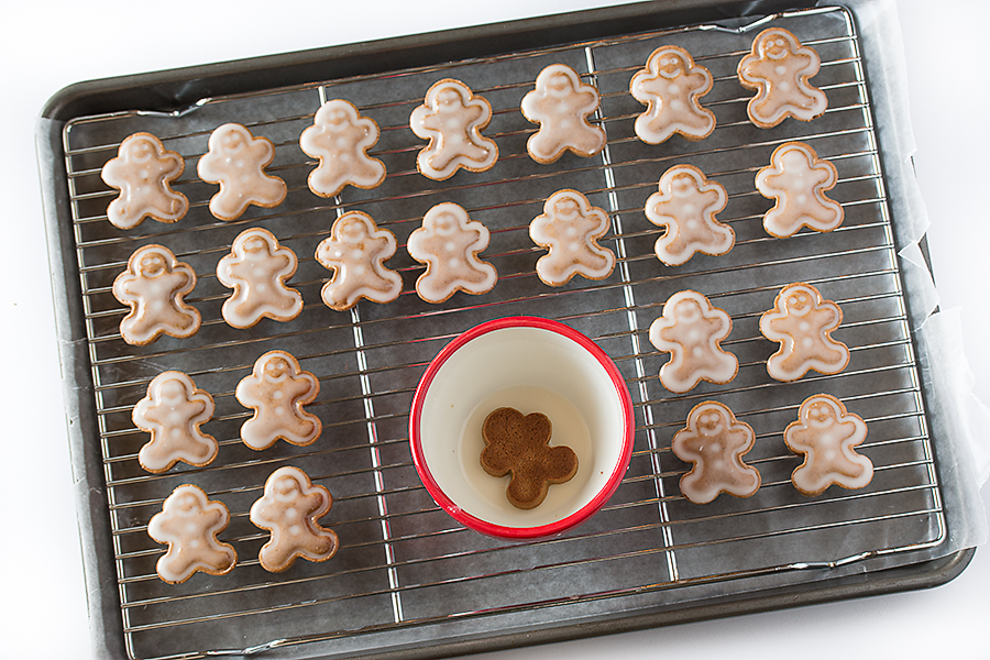 Fbcookieswap Frosted Gingerbread Men Bake Love Give