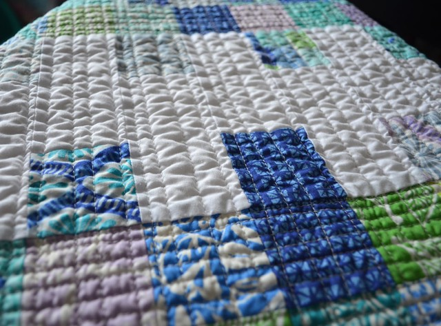 Mini Charm Mix - crib quilt