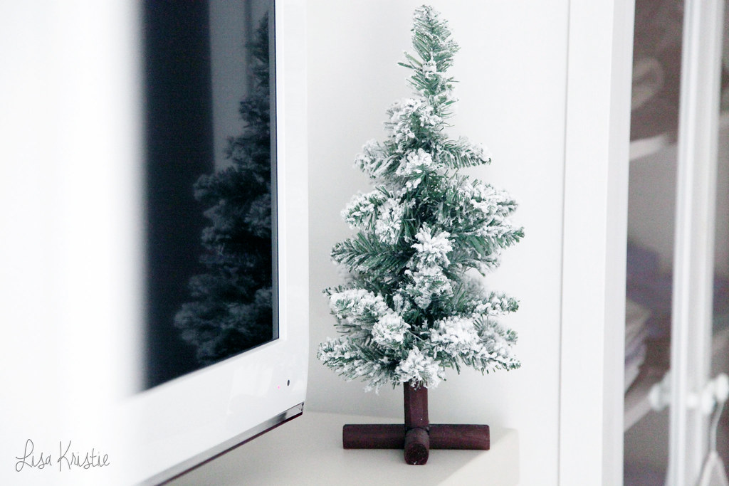 miniature mini christmas tree snow fake decoration home interior fireplace small white winter