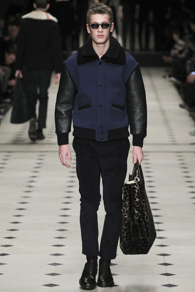 FW15 London Burberry Prorsum030(VOGUE)