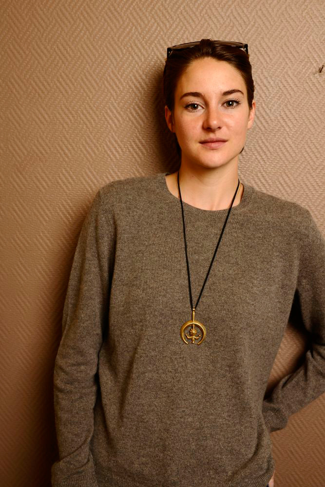 Шейлин Вудли — Фотосессия для «Белая птица в метели» на «Sundance» 2014 – 36