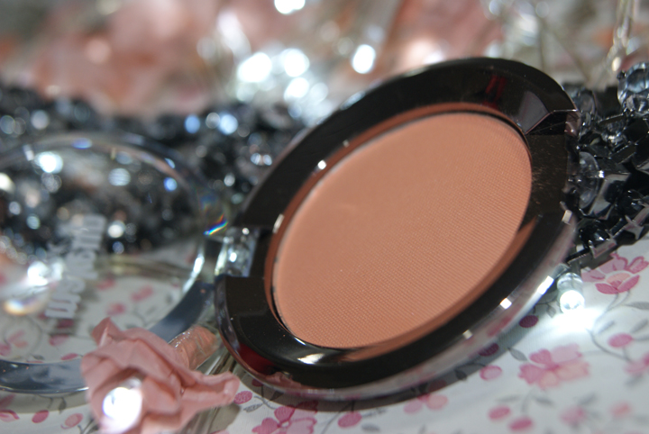 blush makeup geek smitten 003