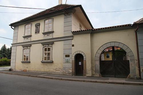 Dvorak house