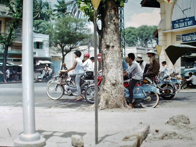 SAIGON 1967 - Góc Lê Lợi-Pasteur - Photo by Clyde C. Fletcher