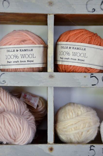 wood & wool cabinet