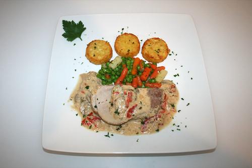 40 - Italian milk pork roast - served / Italienischer Milch-Schweinebraten - Serviert