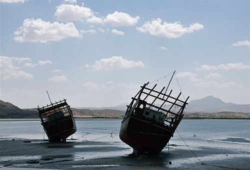seascape landscape boats ships middleeast sandbar sur dhows oman dhow arabiansea arabianpeninsula historyofoman