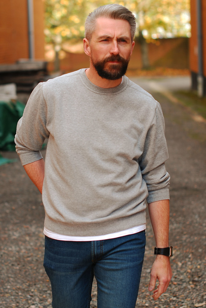 Grey Marl Sweatshirt and Skinny Jeans