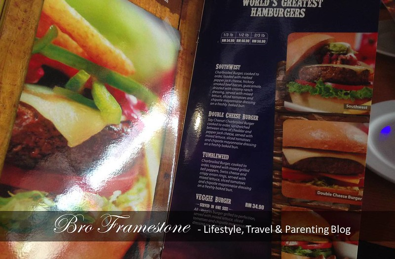 Menu Hamburger di Fuddruckers