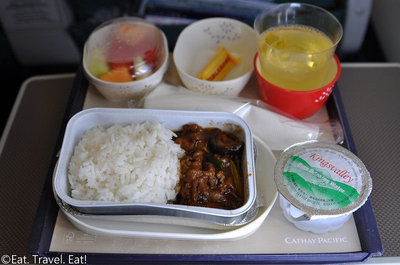 Cathay Pacific CX 391 (PEK- HKG): Premium Economy Meal
