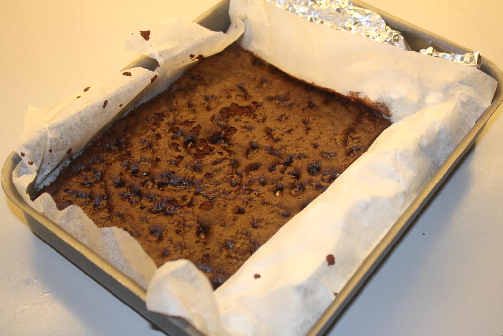 Chokolademousse med nøddebund (15)
