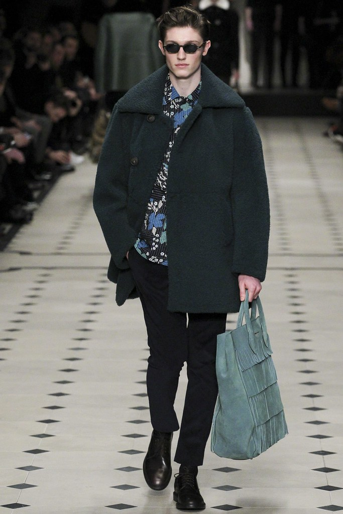 FW15 London Burberry Prorsum027_Callum Ball(VOGUE)