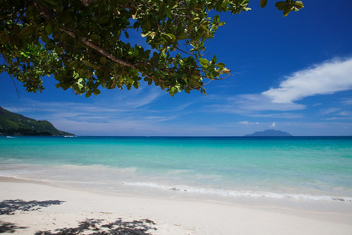 seychelles mahé beauvallon