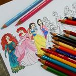 Brincadeira de criança. #coloringpages #coloring #colorpencils #disneyprincess