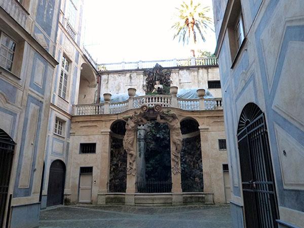 fontaine palais bleu