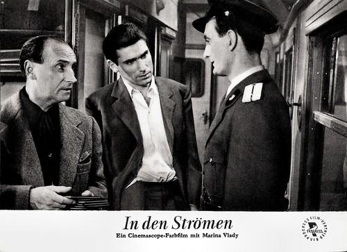 René Lefèvre and Robert Hossein in La liberté surveillée (1958)