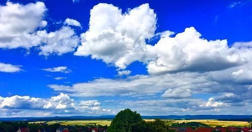#clouds #cloud #cloudporn #cloudphotography #sky #skyporn #blue #bluesky #white #germany #deutschland #wolken #blau #weiß #thuringia #thüringen #sun #sunday #harz #harzmountains #bleicherode #landscape #instagood #instadaily