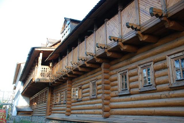 Старорусское, деревянное