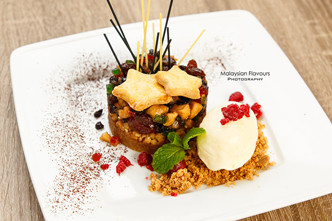 must-try-christmas-desserts-at-nosh-bangsar-jalan-telawi-3