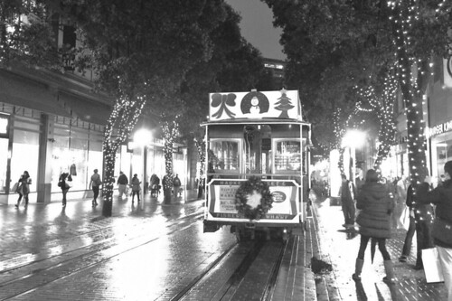 Christmas in the City - Cable car Powell Street