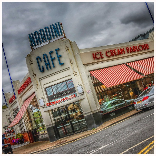 Nardini's  - A Scottish Treasure @nardinis #fishandchips #fishtea #largs