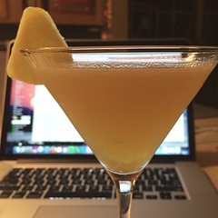 Happy Friday everyone! This is my St. Germain daiquiri with fresh pineapple and Mt. Gay rum. Cheers!