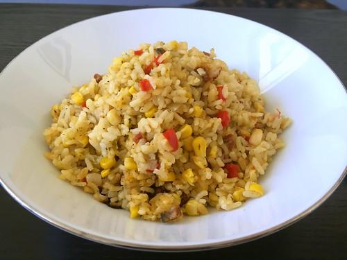 Arroz con maíz puerto rican style
