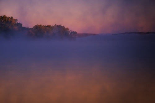 autumn mist fall fog sunrise nikon fallcolors earlymorning northdakota missouririver latesummer greatplains earlyfall nikond4 northerngreatplains nikkor28300