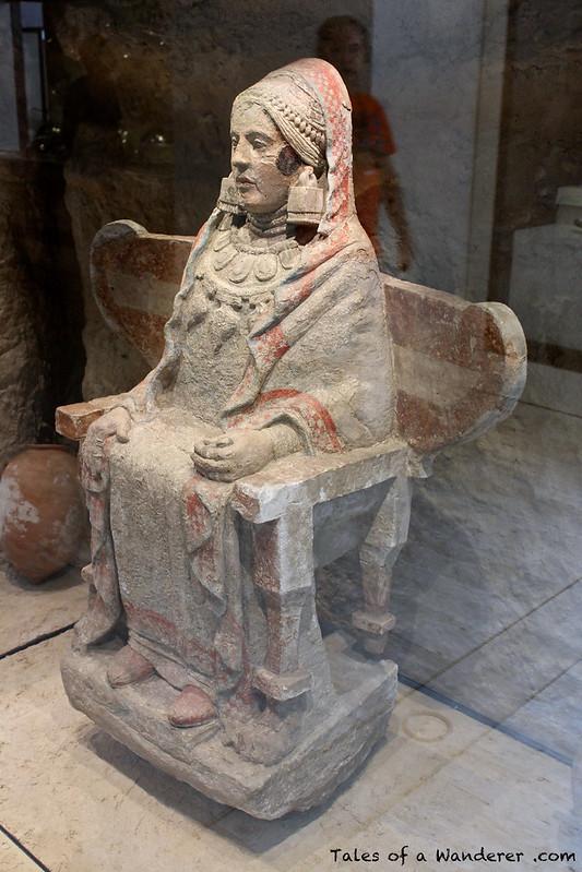 MADRID - Museo Arqueológico Nacional - Dama de Baza
